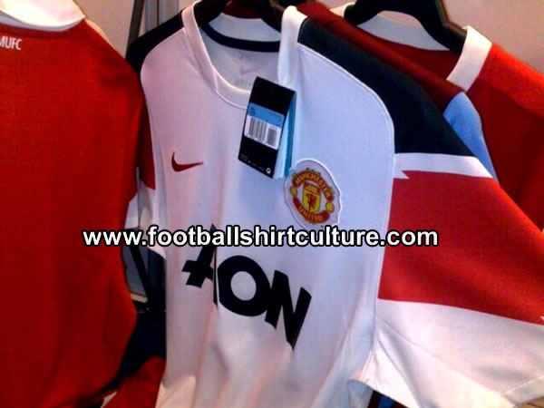 sports shoes b8844 d131b Well, whether is a leaked pic or just a mock, I love anything and  everything to do with Manchester United… ...
