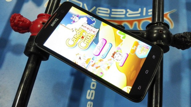 BenQ F5 Smartphone - Fun Size Matters
