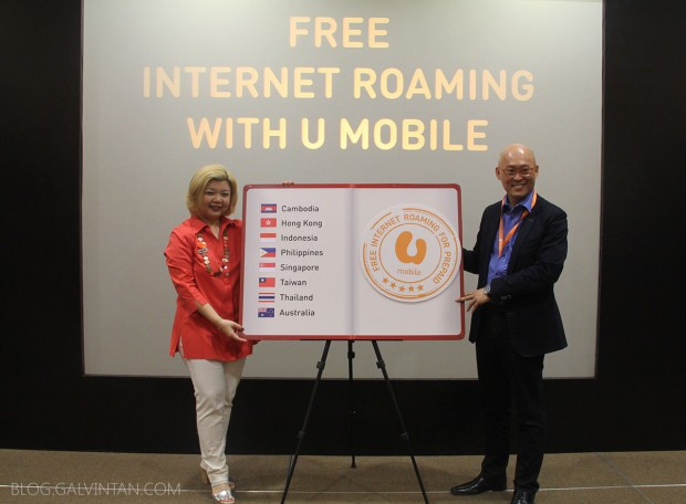 U Mobile CMO Jasmine Lee and CEO, Wong Heang Tuck launches the FREE Internet Roaming service for its Prepaid customers