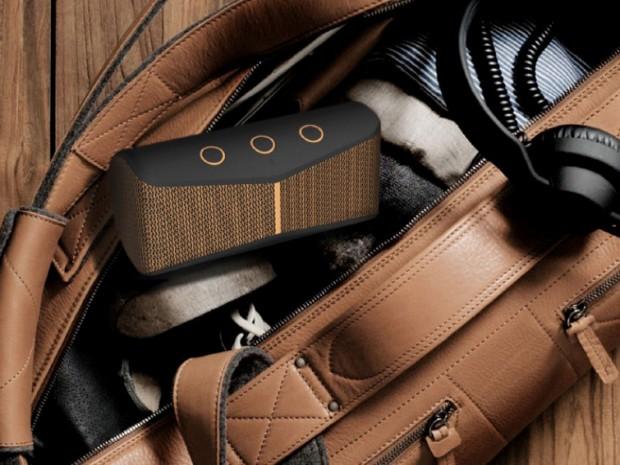 Logitech X300 Wireless Speaker - Bag